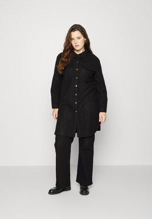 CARELAINE NEA  LONG SHACKET - Krátký kabát - black