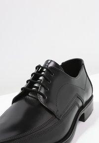Lloyd - DAGAN - Elegantní šněrovací boty - schwarz - 5