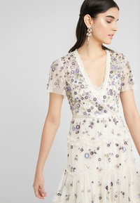 Needle & Thread - PRARIE FLORA DRESS - Day dress - champagne - 3