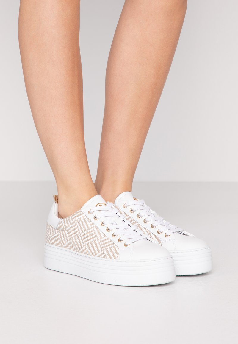 Bogner - ORLANDO - Sneakersy niskie - white