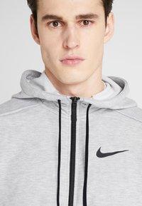 Nike Performance - DRY HOODIE  - Zip-up hoodie - dark grey heather/black - 4