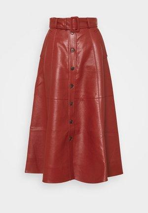 BUTTON DOWN BELTED SKIRT - A-line skirt - brick