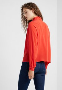 CLOSED - DANNI - Bluse - scarlet red - 2