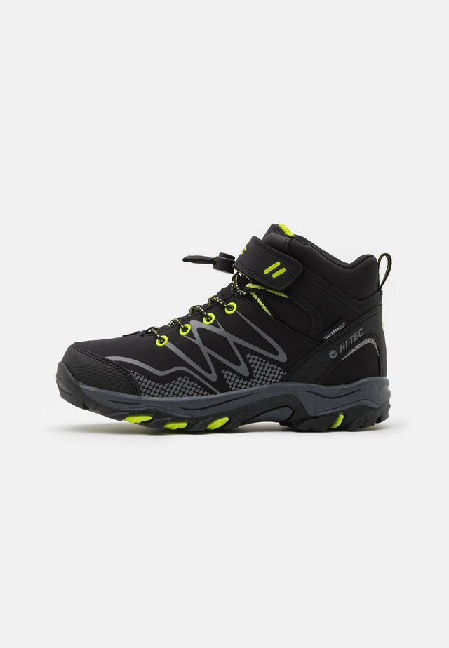 BLACKOUT MID WP JR - Trekingové boty - black/lime