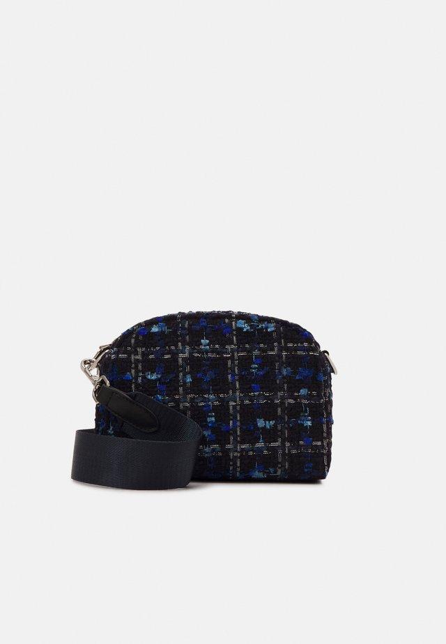 BLUNA NANNIK BAG - Across body bag - gray blue