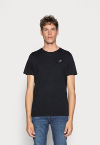 Hollister Co. - 5 PACK CREW  - Camiseta estampada - white/grey/red/navy texture/black - 1