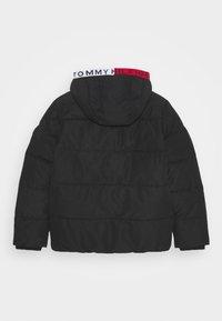 Tommy Hilfiger - ESSENTIAL PADDED JACKET - Winter jacket - black - 1