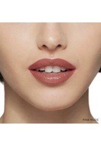 Bobbi Brown - LUXE LIP COLOR - Lipstick - pink nude - 2