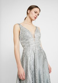 Luxuar Fashion - Společenské šaty - silber grau - 4
