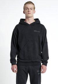HALO - Hættetrøjer - black - 0
