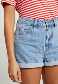 Dr.Denim Petite - JENN - Denim shorts - light retro - 3