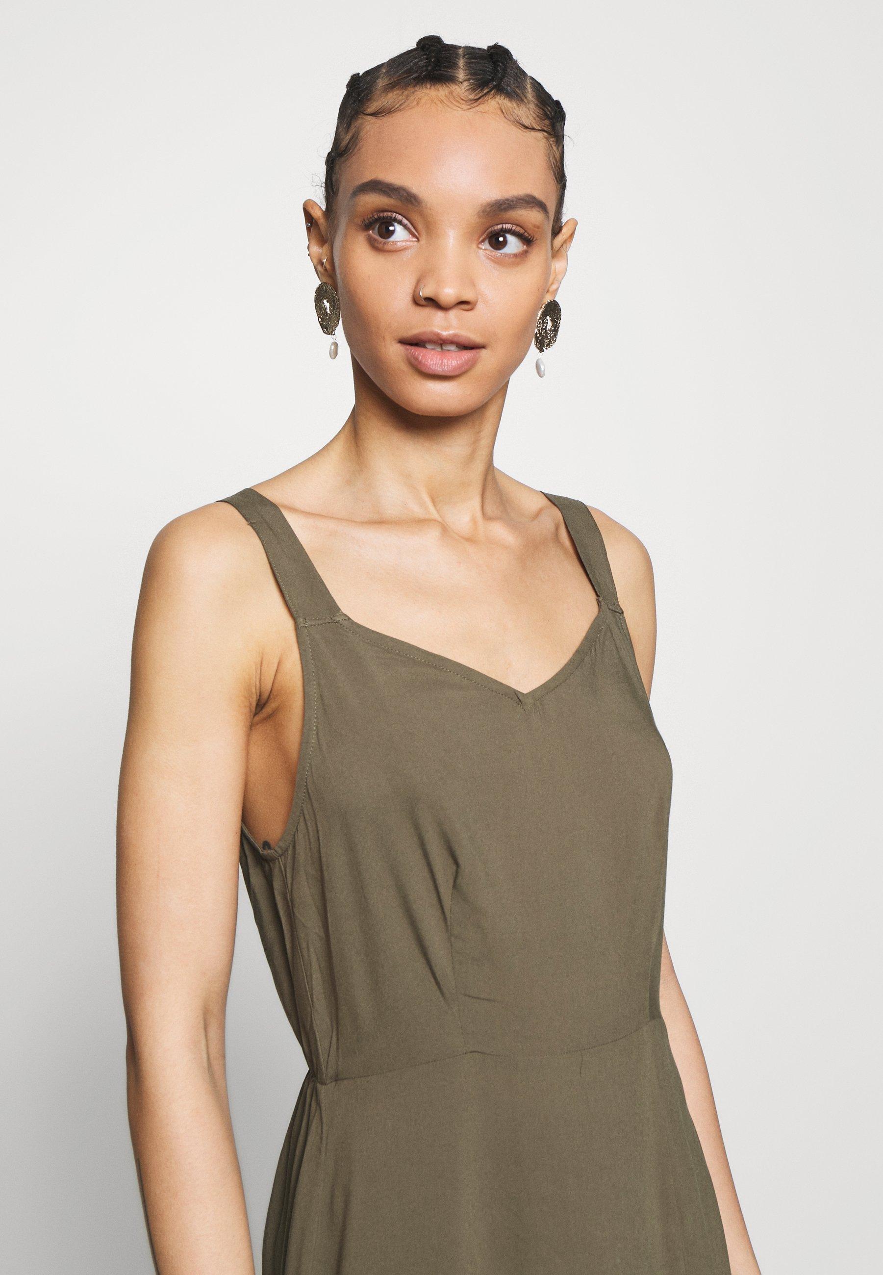 Vero Moda VMSIMPLY EASY STRAP CALF DRESS   Freizeitkleid   ivy ...