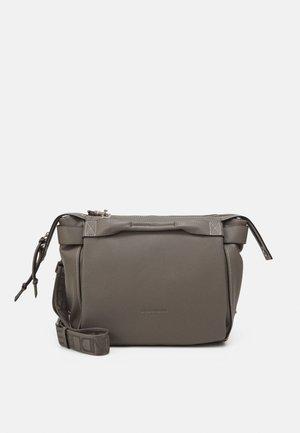 Across body bag - honey grey