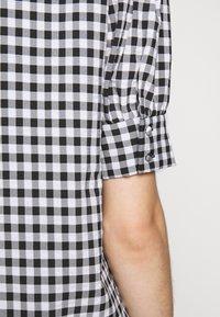 Bruuns Bazaar - SEER ADELAIA BLOUSE - Blouse - black/white - 5