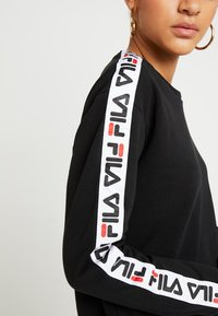 Fila - TIVKA CREW  - Sweatshirt - black - 5
