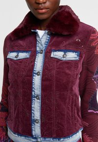 Desigual - CHAQ_PANA - Kurtka jeansowa - red - 3