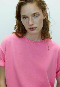 Massimo Dutti - T-shirt basic - neon pink - 2
