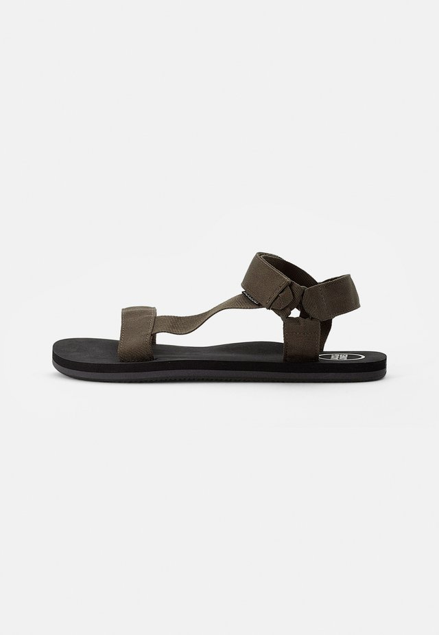 Sandals - olive night
