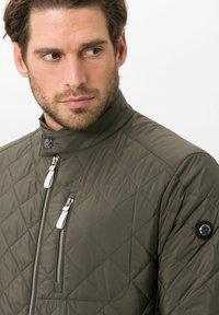 BRAX - STYLE BRUCE  - Light jacket - olive - 3
