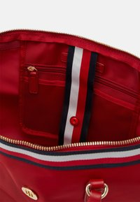 Tommy Hilfiger - POPPY TOTE CORP - Tote bag - red - 2
