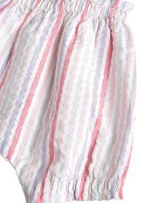 Next - SET - Shorts - off-white - 5