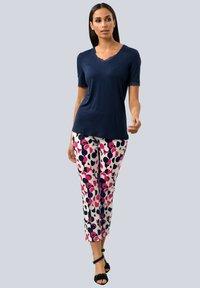 Alba Moda - Trousers - wollweiß,pink,marineblau - 1