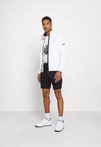 Tommy Jeans - SCANTON - Shorts - black - 1