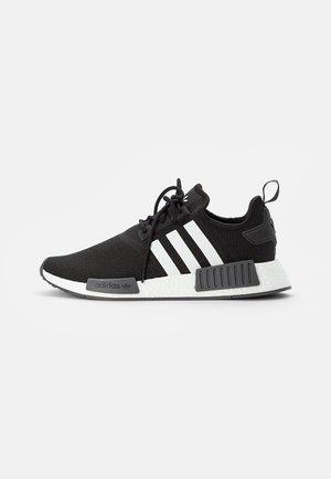 NMD R1 PRIMEBLUE UNISEX - Sneakers - core black/white/grey five