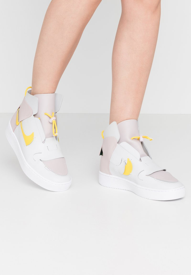 Nike Sportswear - VANDAL - Baskets montantes - platinum violet/speed yellow/photon dust/white