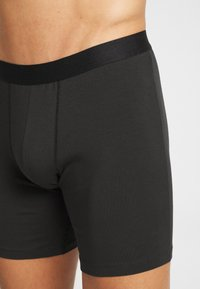 Pier One - 3 PACK - Pants - black - 4