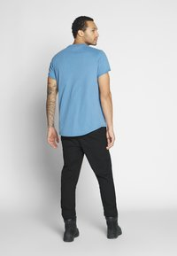 G-Star - LASH R T S\S - T-shirt - bas - blue - 2