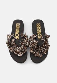 Colors of California - FLOWER TRIM - T-bar sandals - black - 5