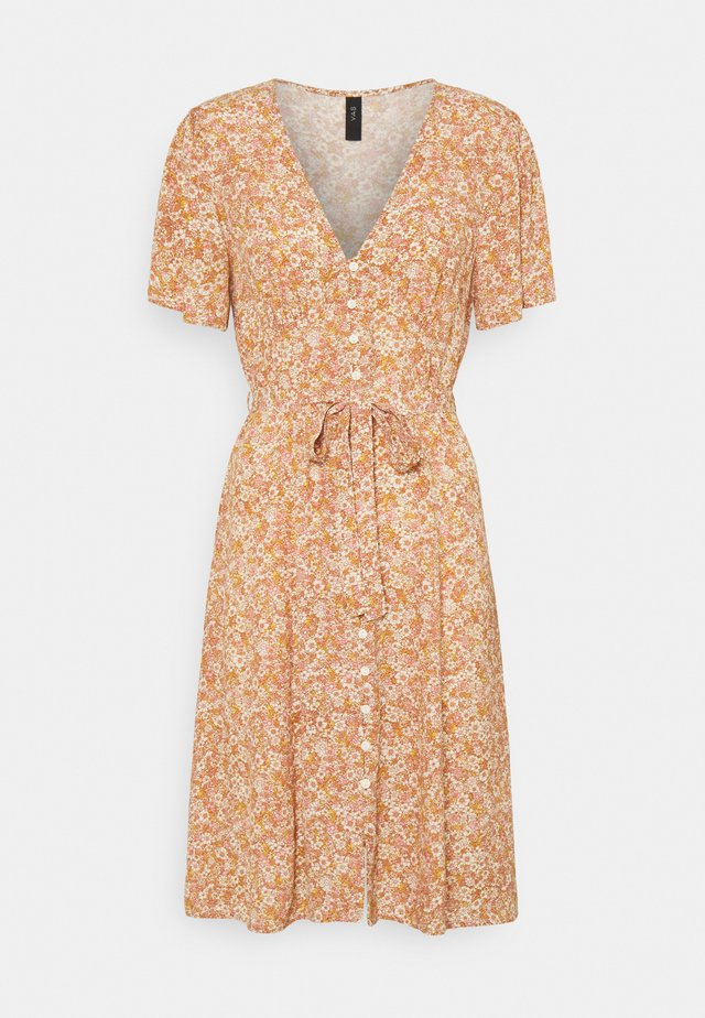 YASFARINA SHORT DRESS - Vardagsklänning - golden straw