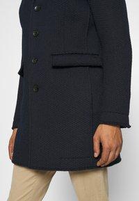 Mason's - SIGNORIA - Krátký kabát - navy - 6