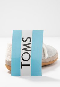 TOMS - INDIA - Slippers - grey - 7