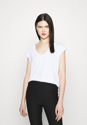 VMFILLI V NECK TEE - Basic T-shirt - bright white
