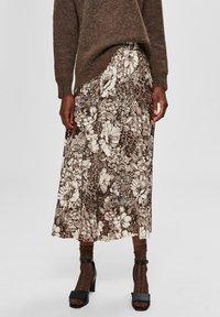 Selected Femme - A-line skirt - sandshell - 0