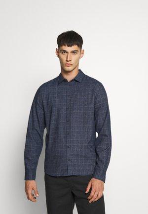 Shirt - blue lolite