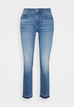 MID RISE SLIM ANKLE - Slim fit jeans - blue denim