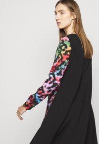 Just Cavalli - Denní šaty - multicolor - 4
