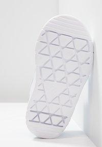 adidas Performance - ALTASPORT CF - Scarpe da fitness - footwear white/blue - 5