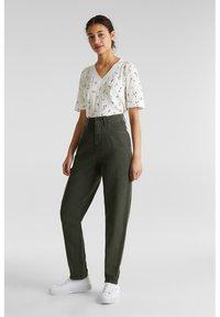 edc by Esprit - Straight leg jeans - khaki green - 1