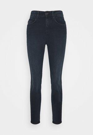 WET - Skinny džíny - blau