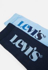 Levi's® - VERTICAL LOGO REGULAR CUT 2 PACK - Calze - blue - 1
