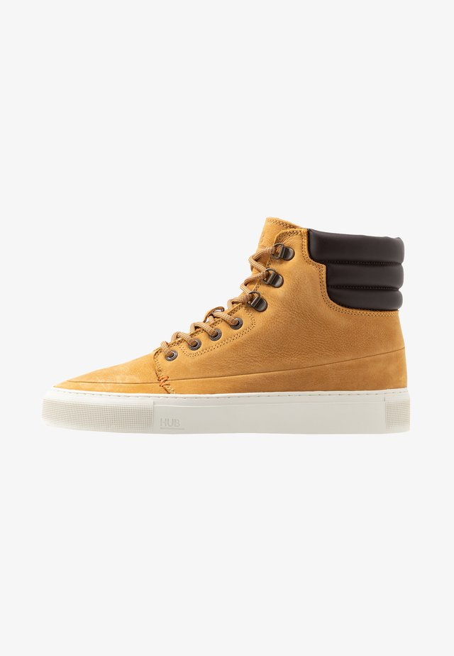 EASTBOURNE - High-top trainers - honey brown/offwhite