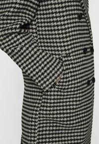 Scotch & Soda - DOUBLE BREASTED TAILORED COAT IN BLEND - Classic coat - black - 5