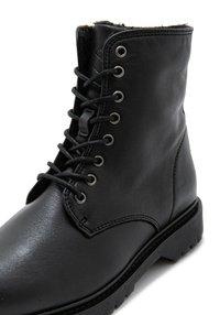 Rosa Stern - SUNNY  - Cowboy/biker ankle boot - black - 5