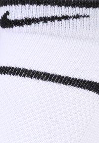 Nike Performance - COURT ESSENTIALS - Trainer socks - white/black - 1