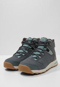 Salomon - UTILITY TS  - Hiking shoes - trellis/stormy weather/tropical green - 3