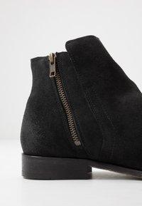 Hudson London - ASH - Kotníkové boty - black - 5